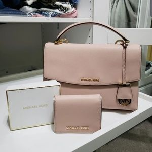 Michael Kors Ava Satchel&wallet set
